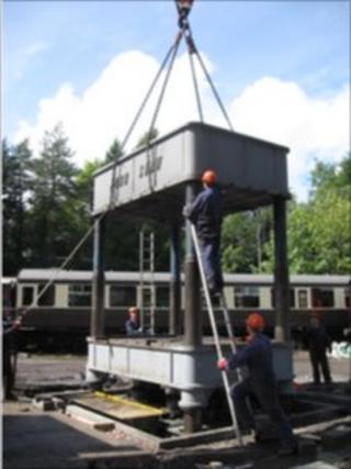 Steam train 'press'