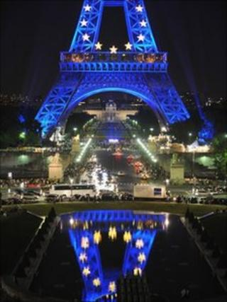 Eiffel Tower lit up with EU flag
