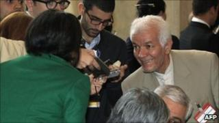 Iran delegate Mohammad Ali Qanezadeh talks with journalists after a meeting on Afghanistan in Rome (18 October 2010)