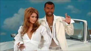 Cheryl Tweedy and Ashley Cole during a photocall to launch the National Lottery Dream Number in 2006.