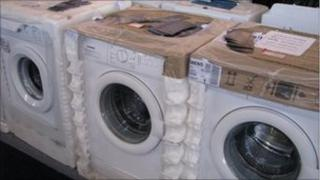 washing machines in shop