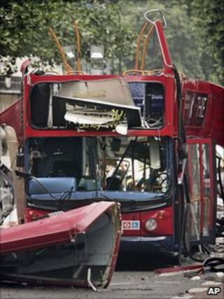 Bus bombed in Tavistock Square