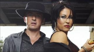 Shane Richie and Jessie Wallace as Alfie and Kat