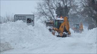 under snow: 5104 road close to Bryneglwys, near Corwen, Denbighshire