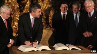 Former UK Prime Minister Gordon Brown signs Lisbon Treaty in Lisbon, 13 Dec 07