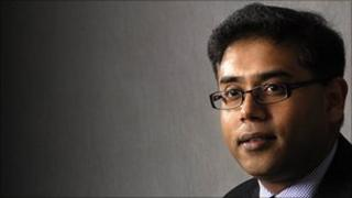 Consultant ophthalmologist Parwez Hossain