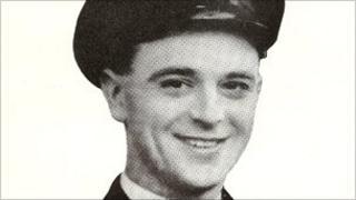 Lt Cdr Ian Fraser