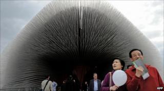 Visitors at Britain's pavilion at the Shanghai World Expo. Photo: 29 October 2010