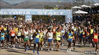 The start of the 2010 Athens Marathon