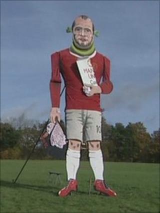 Effigy of Wayne Rooney
