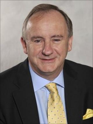 Laurence Robertson