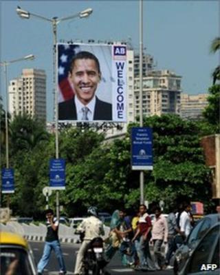 A billboard welcoming President Obama in Mumbai on November 4, 2010