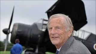 Wing Commander Leonard Ratcliffe opesrated out of RAF Tempford in Bedfordshire