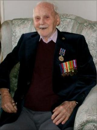 Sam Brearley, 98,