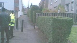 Police in Broomhouse (Pic: Morag Kinniburgh)