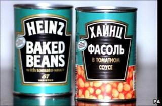 British and Russian tins of Heinz baked beans