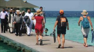 Afghan delegates and tourists in the Maldives