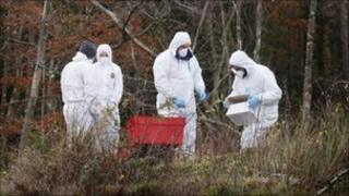 Officers remove items from Gartocharn blast site
