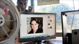 Waleed Hasayin's picture on a computer screen in the internet cafe