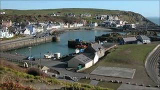 Portpatrick Harbour - Undiscovered Scotland