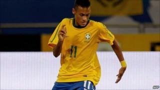 Neymar of Santos in action for Brazil against Argentina