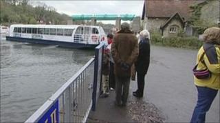 Kentish Lady Park and Sail