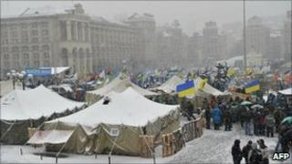 Protesters in a tent camp on Independence Square, Kiev (29 Nov 2010)