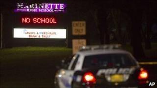 Police car outside Marinette High School (29 November 2010)