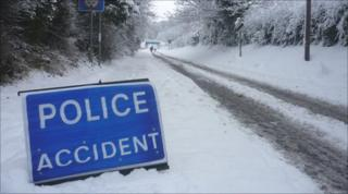 Snowy road at Gainsborough