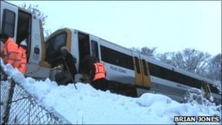Train stuck near Meopham in Gravesend
