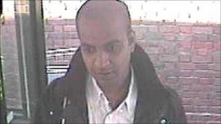 CCTV image of man police want to contact