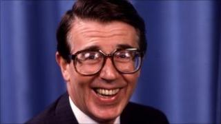 Leslie Crowther