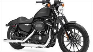 Harley-Davidson Iron 883 motorbike