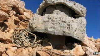 Alleged Israeli spying device in Sannine (Lebanese Army, 15 December)