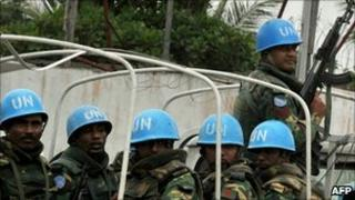 UN peacekeepers in Abidjan (20 December 2010)