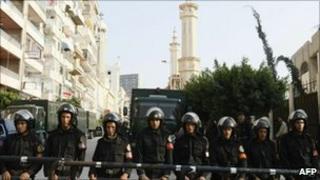 Egyptian riot police in Alexandria, 3 January