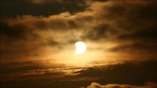 The partial eclipse on 4 January 2011, as photographed near Johnshaven, Aberdeenshire, by BBC News website reader Rob Hibbs