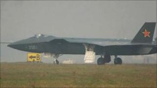 Photo apparently showing prototype of Chinese-made stealth plane