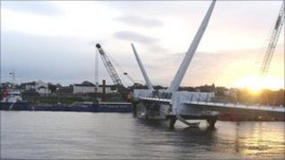 Peace bridge under construction