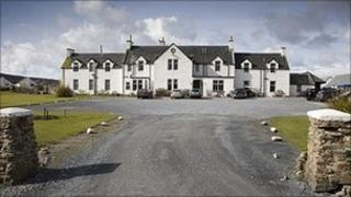 Machrie Hotel. Photo from Machrie Hotel and Golf Links