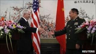 US Secretary of Defence Robert Gates and Chinese Minister of National Defence General Liang Guanglie in Beijing (10 Jan 2011)
