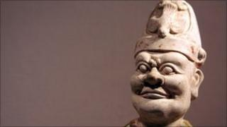 Terracotta statue of a Chinese dignitary (c13th century) in the Metropolitan Museum of Art, New York