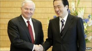 US Sec of Defence Robert Gates, Japan's PM Naoto Kan, Tokyo 13 Jan 2011