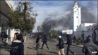 Protestors clash with police in Tunisia
