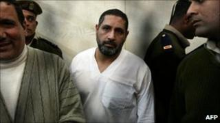 Mohamed Ahmed Hussein on trial in Qena, Egypt (16 Jan 2010)
