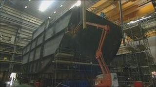 Work on the stern of HMS Elizabeth in Portsmouth