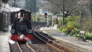 Train at Minffordd station (picture: Ian Butters, Ffestiniog Railway)