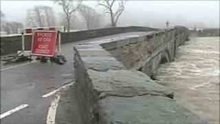 The Dyfi bridge at high water
