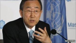 UN Secretary General Ban Ki-moon in Abu Dhabi (17 Jan 2011)