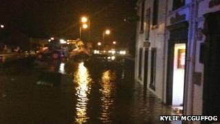 Flood in Carronshore/Pic: Kylie McGuffog